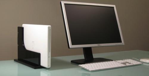 macbook fr dock a mac faites de la place sur votre bureau. Black Bedroom Furniture Sets. Home Design Ideas